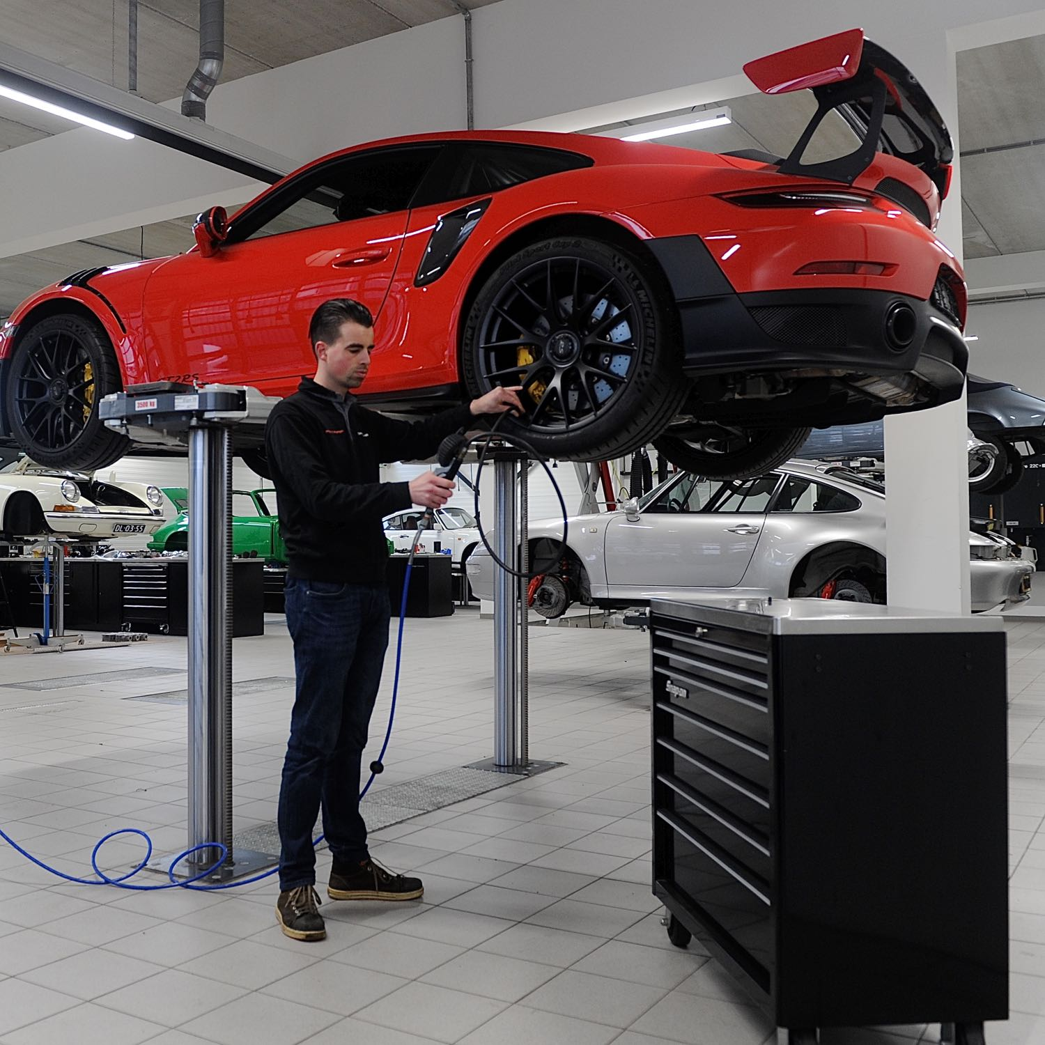 Porsche service and maintenance